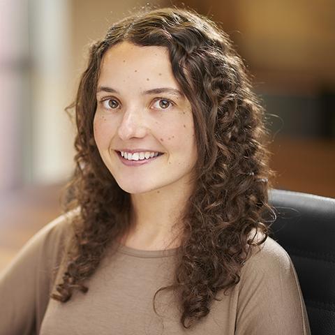 Lisa  Alcock